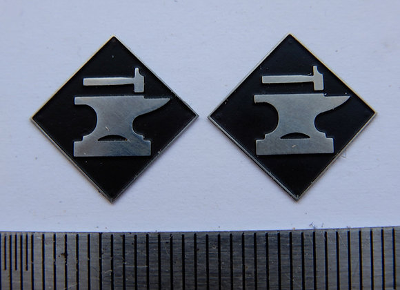 ML Motherwell depot plaques & arrows