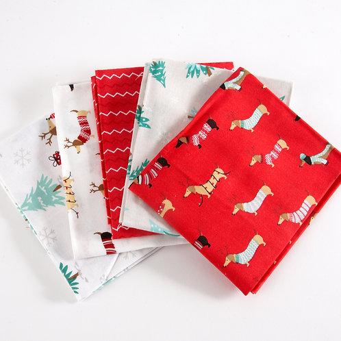Christmas Sausage Dog - 5 Fat Quarter Pack