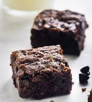 VEGAN CACAO BROWNIES