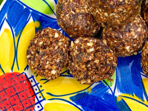 The Messy Cook gives us Super Simple Cacao Peanut Butter Balls