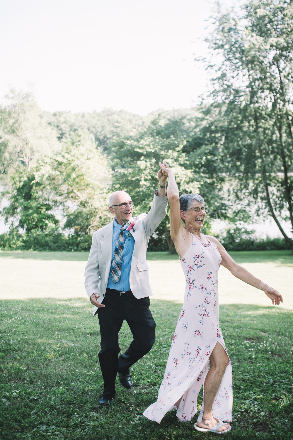 Wedding Photography | Dancing | Springfield | Bride | Illinois | IL | Lincoln | Soul Focus | Lake Springfield Christian Assembly