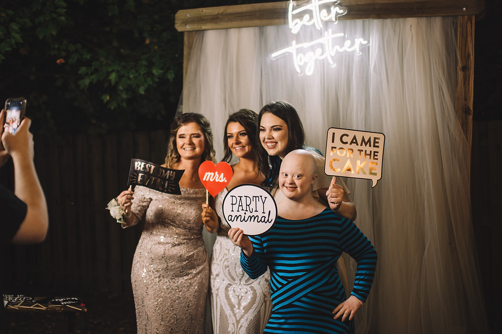 springfield, il, illinois, chatham, rochestor, sherman, capital of illinois, central il, illinois wedding photographer, springfield wedding, springfield wedding photographer, covid wedding, fall wedding, photo booth, better together, outdoor reception, fun photo booth, diy, do it yourself