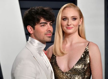 "Joe Jonas and wife Sophie Turner remake ""A Princess Bride"" exclusively for Quibi!"
