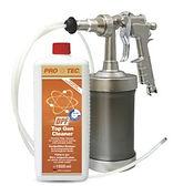 Protec DPF Dizel Partikül Temizleme Sıvısı Ürün Bilgileri: Bu ürün Partikül Filtre araçtan sökülmeden, filtre içindeki kurum ve kirlilikleri temizlemek için geliştirilmiştir. Kirli bir DPF nedeniyle oluşan performans kayıpları ve arızalar giderilir. Temizleme işlemiyle beraber DPF tam randımanlı çalışır. Bu ürün aynı zamanda EGR ventil temizliğine de uygundur. Uygulama: Protec sıvısını kaba doldurun ve basınçlı havaya bağlayın. Isı ve/veya basınç sensörü dizel partikül filtreden sökülür ve tabancanın püskürtme hortumu sensör yuvasından içeri sokulur. Daha sonra sıvı 5 sn. püskürtülür, 5 sn. beklenir, ve bu işlem kirliliğin yoğunluğuna göre aynı şekilde uygulanır. (Motor kapalı konumda). Önerilen miktar 500 ml.'dir. İhtiyaç halinde daha fazlası kullanılabilir. Uygulama sırasında tüm kirlilikler mikro düzeyde çözülür ve normal sürüş esnasında egzoz sisteminden atılır. Temizliğin hemen sonrasında en az 20 dk. bir deneme sürüşü yapılır ve DPF rejenerasyonu uygulanır.