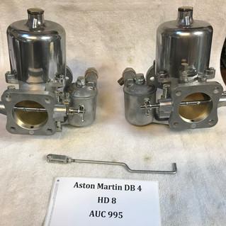 Aston Martin DB 4 SU HD8 carburetors.JPG