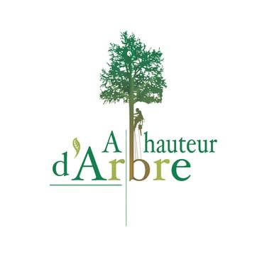A HAUTEUR D'ARBRE