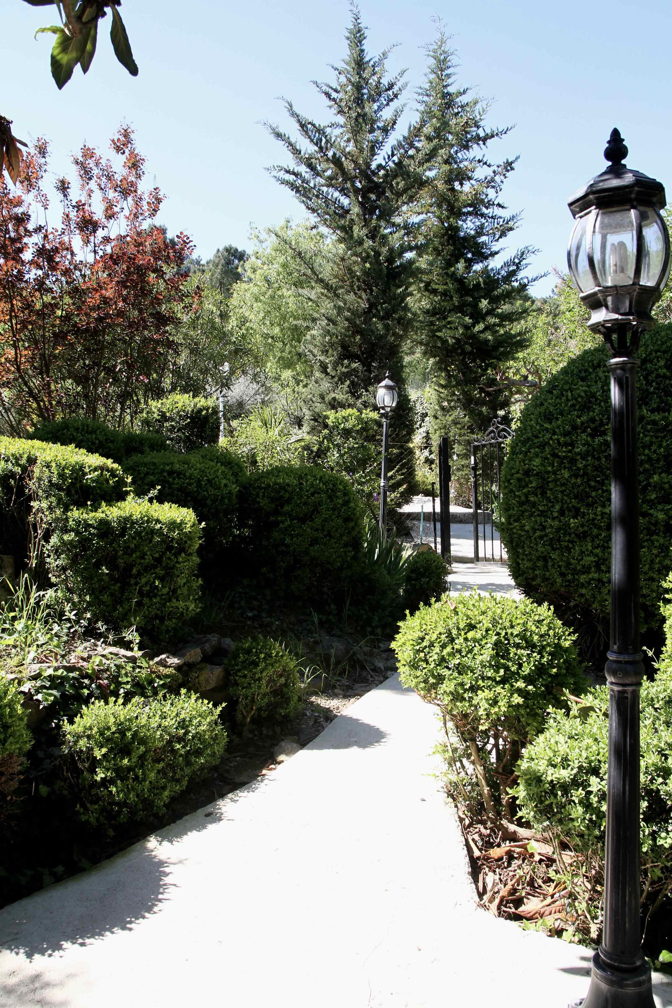 Mas de la Filoselle • Le jardin