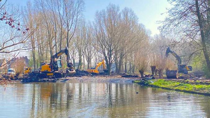 Renovation of Vilbelpark in Huizen well under way