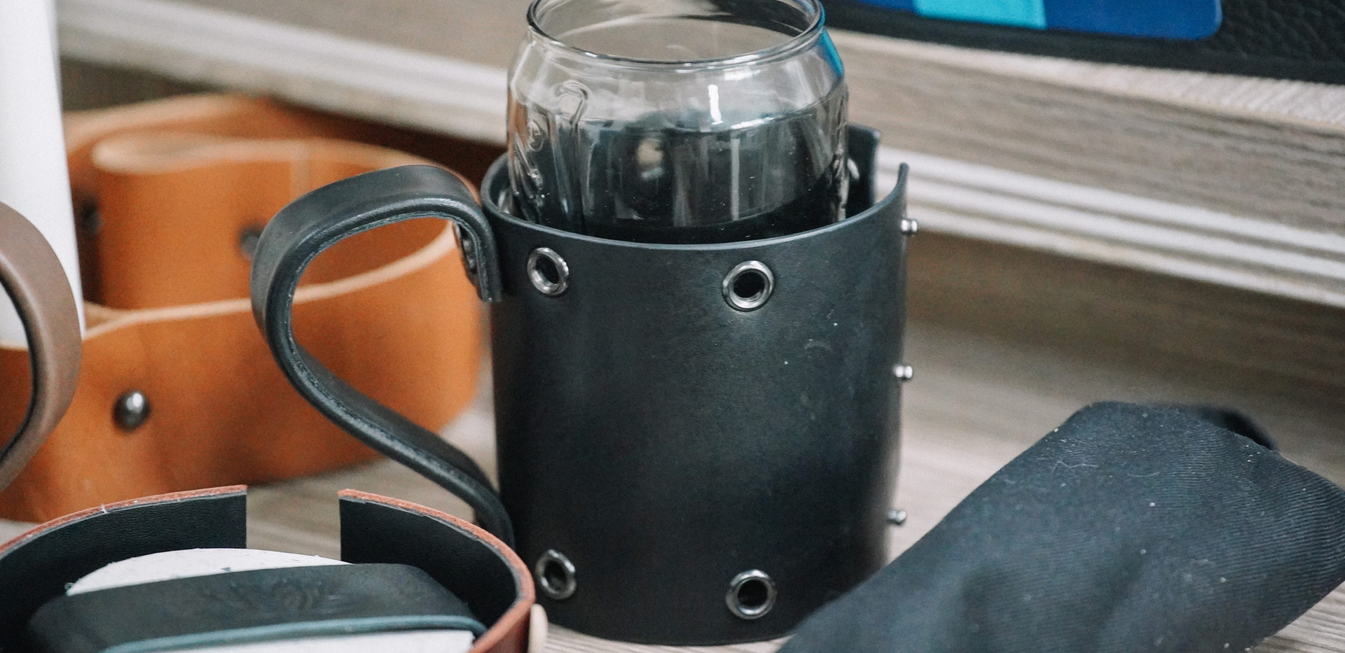 Cup Holder in scrap leather