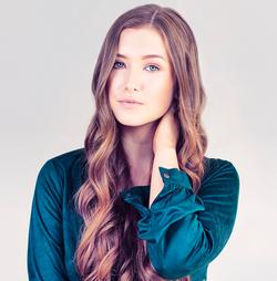 Hannah Renée