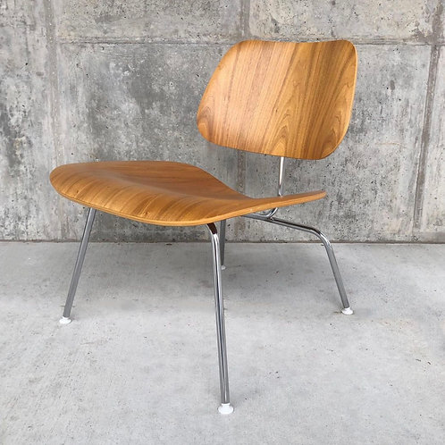 Eames LCM lounge chair