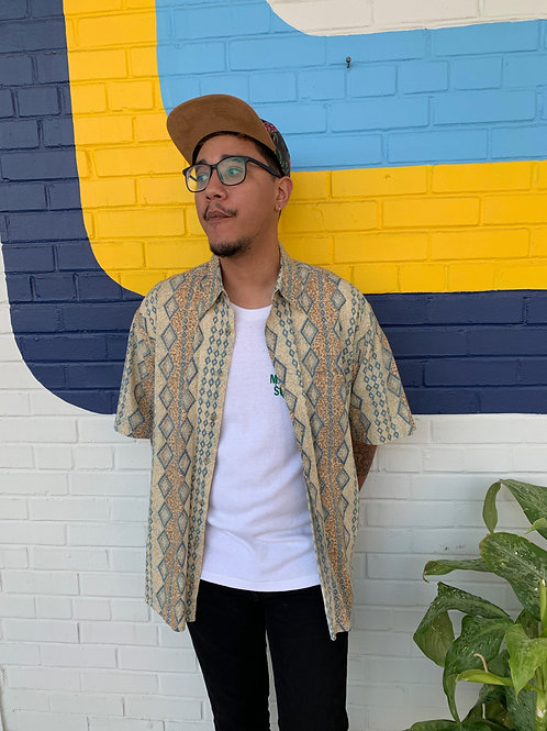 90's Button Up