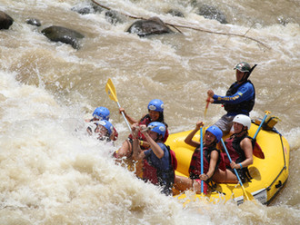 White Water Rafting in Arenal.