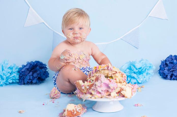 Sutton Coldfield cake smash photography.jpg