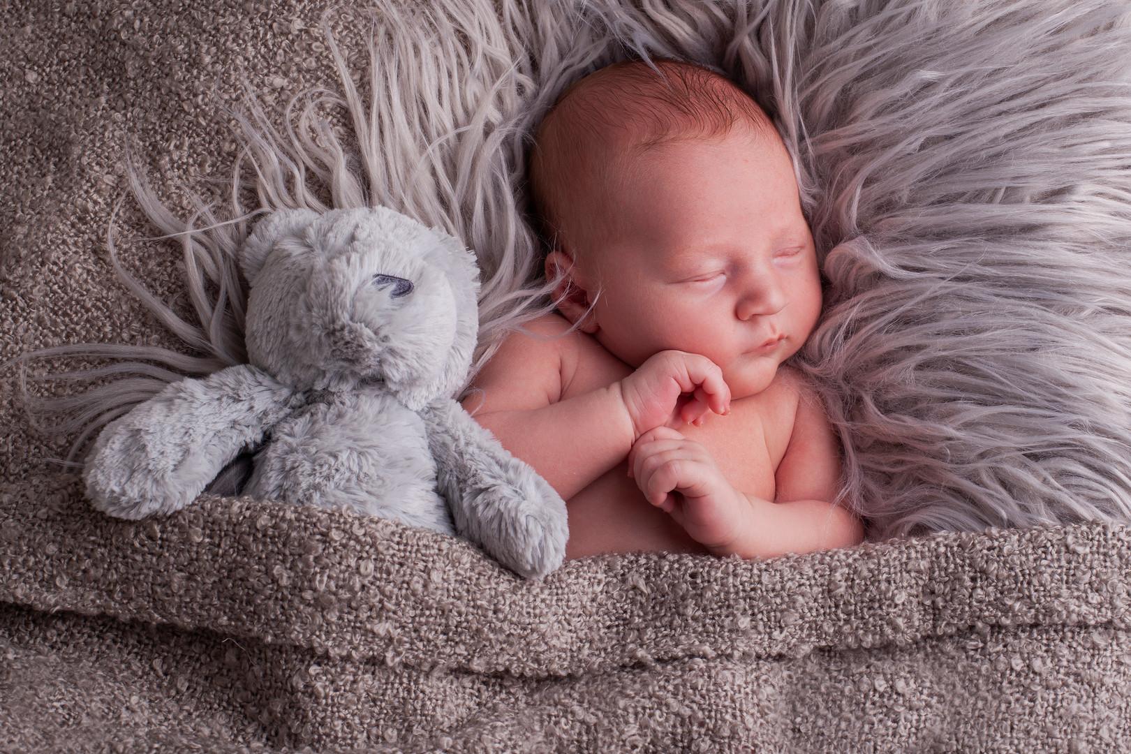 Sutton Coldfield newborn photographer.jpg
