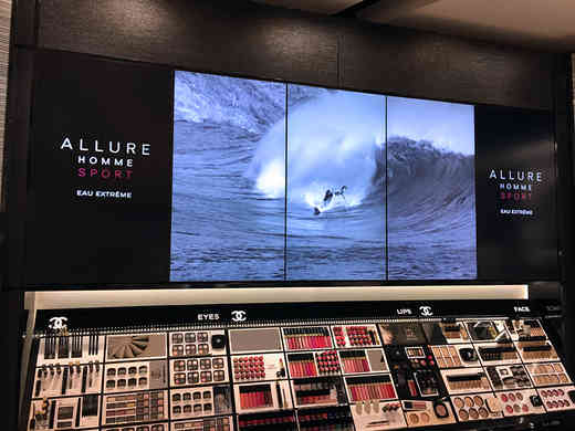 Chanel Stansted Airport Video Wall1.jpg