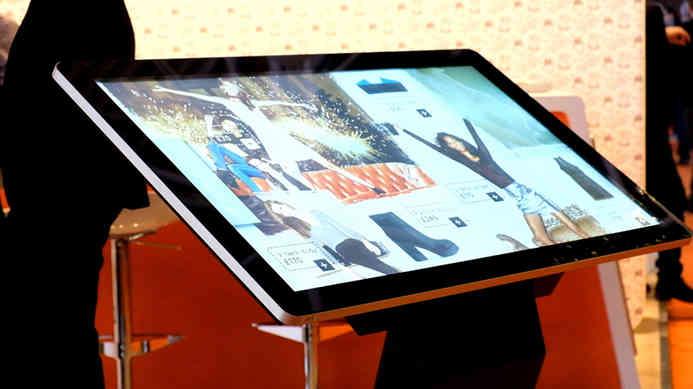 pcap-freestanding-touch-screen-kiosk-tab