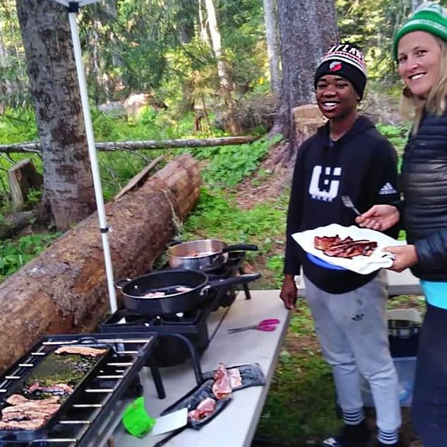 cookingbacon1.jpg