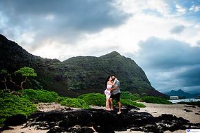 Engagement Photographers in Oahu, Hawaii