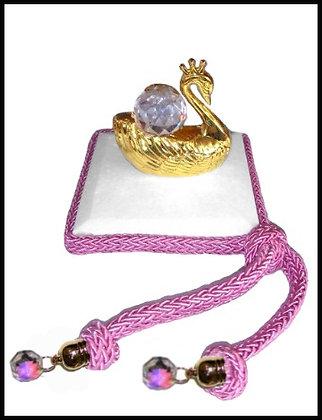 Μαρμαράκι Γούρι 7cm x 7cm, Κύκνος Κρύσταλλο, Κορδόνι Και Κρύσταλλα