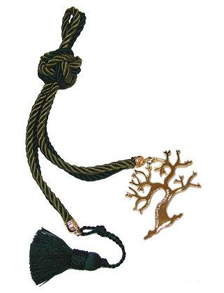 180F.3166 - Γούρι 35cm Σε Τρίκλωνα Κορδόνια Με Δέντρο Και Φούντα