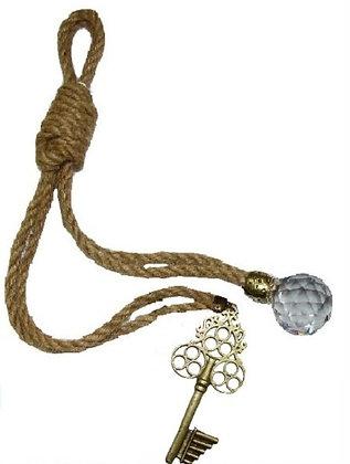 120.3047 - Γούρι 35cm Γιούτα Κορδόνι Με Κλειδί Και Κρύσταλλο.