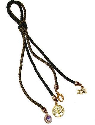 016.3009 - Γούρι 20cm Σε Τρίκλωνο Κορδόνι, Πέταλο, Χρονολογία, Δέντρο, Κρύσταλλο
