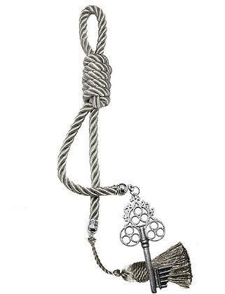 040F.3047 - Γούρι 40cm Σε Τρίκλωνο Κορδόνι, Κλειδί Και Φούντα