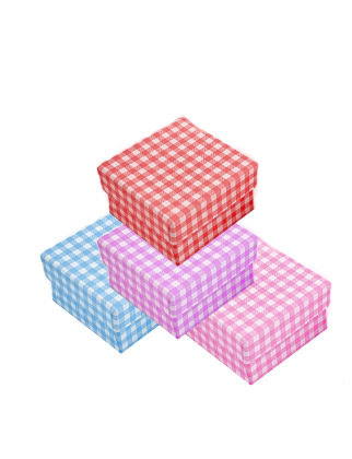 104,010 - Κουτάκι Χάρτινο Καρώ 6,5cm x 6,5cm x 4.5cm