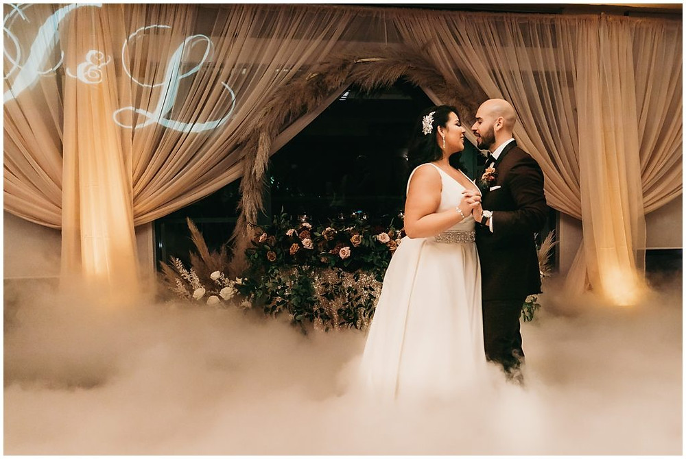 This image has an empty alt attribute; its file name is wedding_at_coyote_hills_golf_course_0018-1024x686.jpg