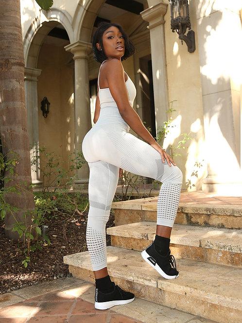 Loruna Seamless Legging With Cutouts and Stripes - Grey