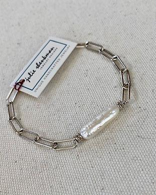 B5414 White freshwater pearl bar bracelet, on silver overlay links chain, 16-18 1.jpg