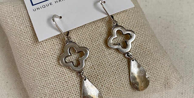 Silver Clover Dangle
