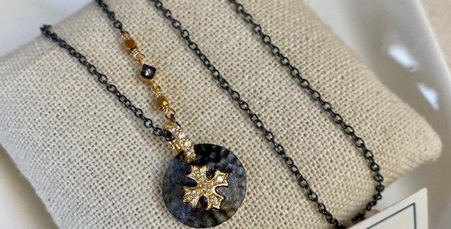 Diamond Pave Black