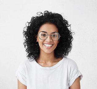 Retrato de mulher sorridente.jpg