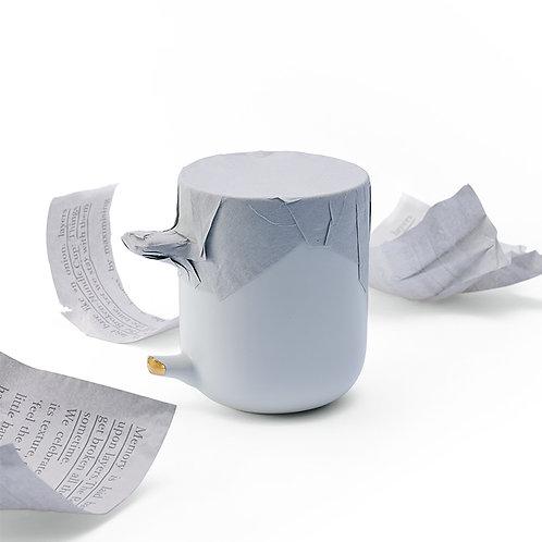 broken handle mug