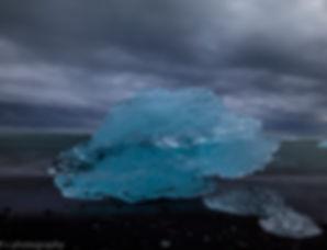 photo de iceberg sur la plage de diamand en islande