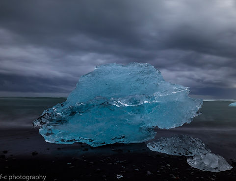 photo de iceberg sur la plage de diamand en islande