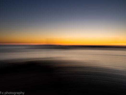 photo d'un beau coucher de soleil abstrait