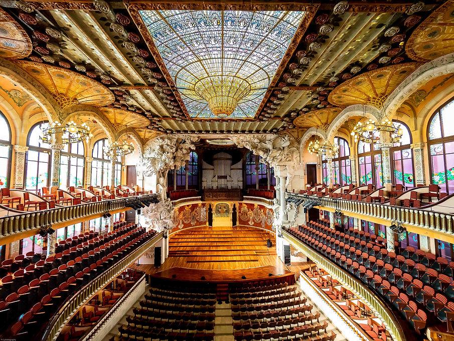 photographie du palais de la musique à barcelone