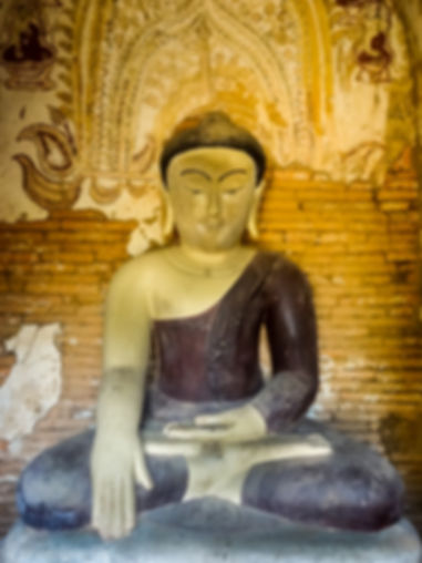photo de buddha assi en birmanie myanmar