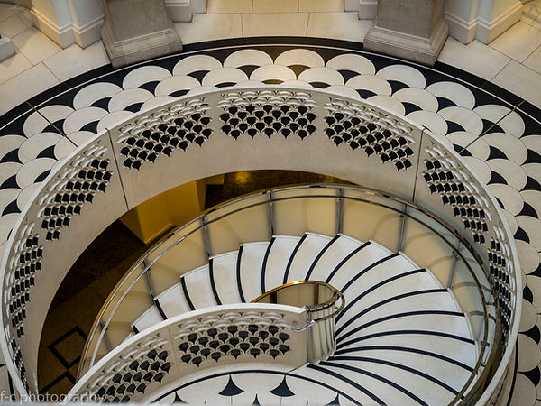 photo de l'escalier de la tate britain à londres