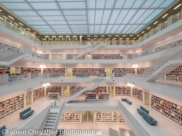 photo d'architecture de la bibliothèque de suttgart