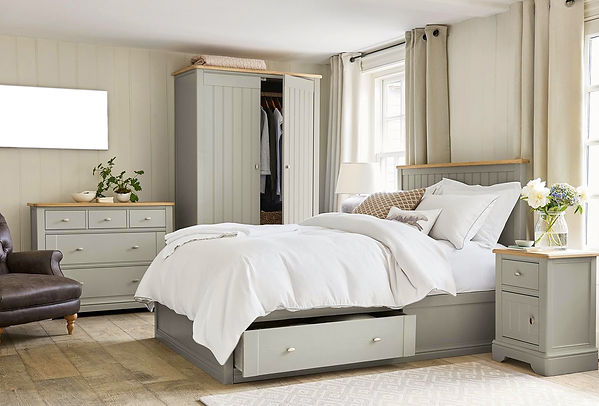 baffle box white goose down comforter on bed in modern bedroom