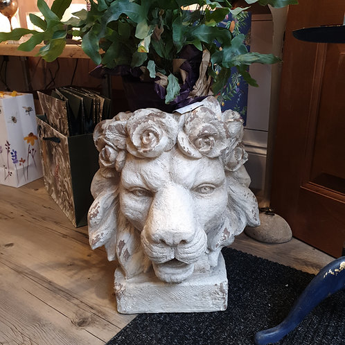 Large lion head planter