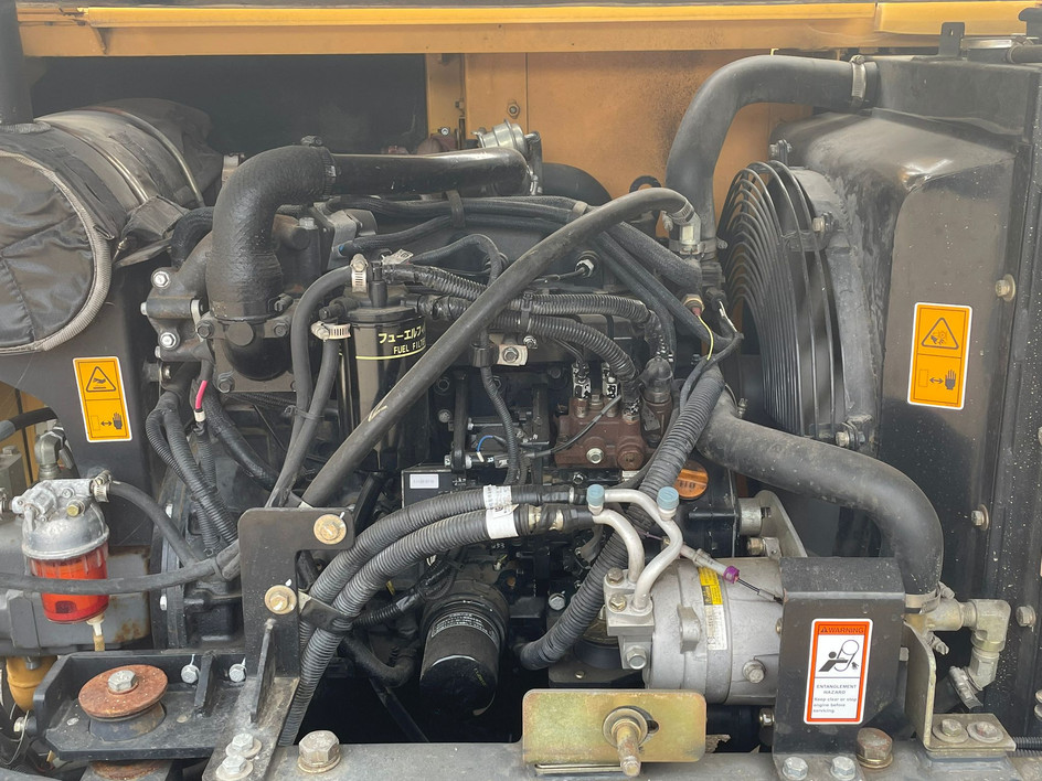 engine-bay-2.jpg