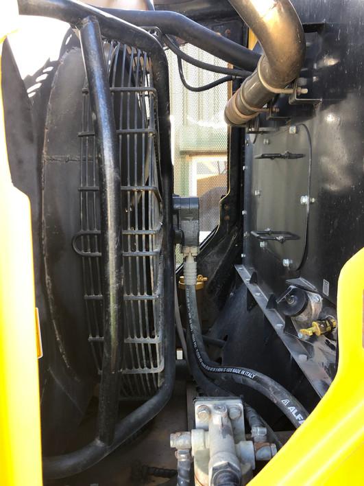 engine-bay-1.jpg