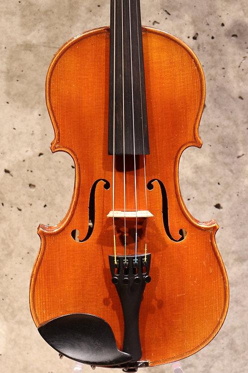 """Le Maestro"" Mirecourt, France vers 1900"