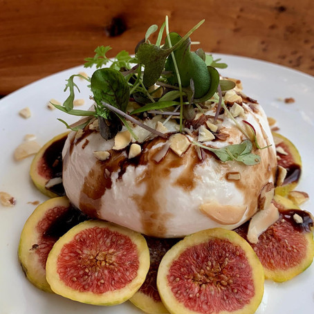 For The Love of Figs-an easy  fig and burrata salad