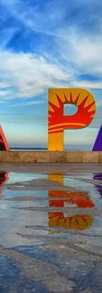 La Paz sign on the malecon